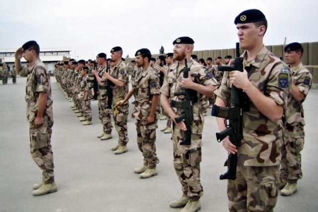 Bild på svenska soldater ur ISAF-styrkan i Mazar-e-Sharif, Afghanistan.